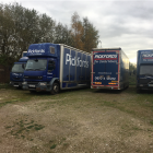 VOLVO 21 TON- 3 AXLE- 4 / 5 CONTAINER REMOVAL TRUCK