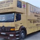 2001 MERCEDES 18 TON- 5 CONTAINER REMOVAL TRUCK